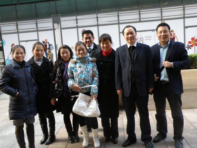 2009年11月上海合影1.jpg