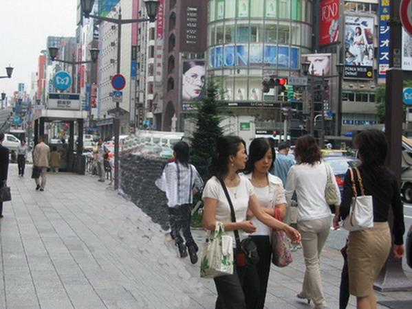 006东京银座街头留影.jpg